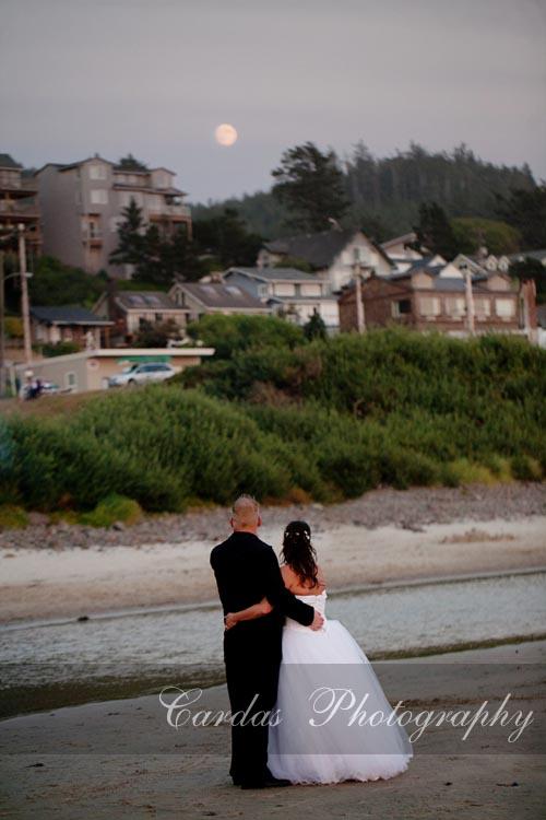 Oceanside Oregon Wedding (25)