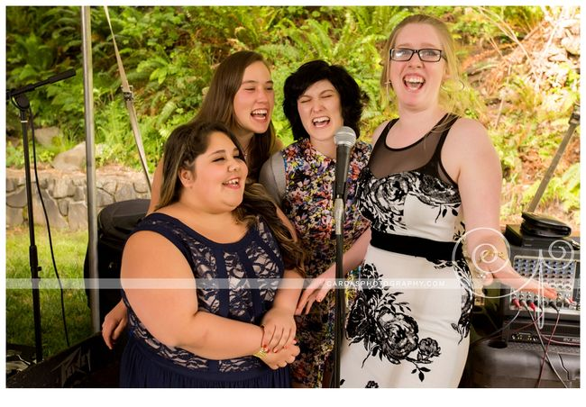 Coos Bay Oregon Red and Gold wedding 031
