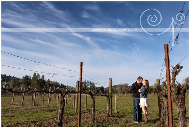 Roseburg winery engagement photography Tesoaria (1)